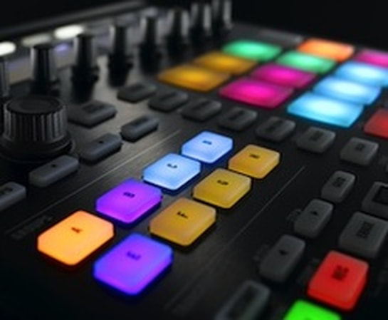 Maschine, Native Instruments, Essential, Fundamentals, MPC, Making Beats, Making Electronic Music